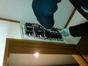 200Vの暖房機を取り付けるので専用回路を増設しました。