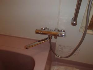 TOTOのエコシャワー水栓に交換。リングハンドルで操作もしやすくなります