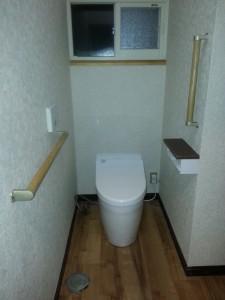 1階トイレ完成 スッキリとした雰囲気になりました