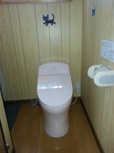 コンパクトですっきりとしたトイレになりました