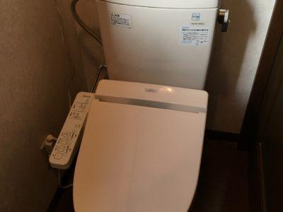 2階のトイレのウォシュレットも交換しました