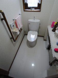 床は消臭抗菌効果のあるTOTOハイドロセラフロア